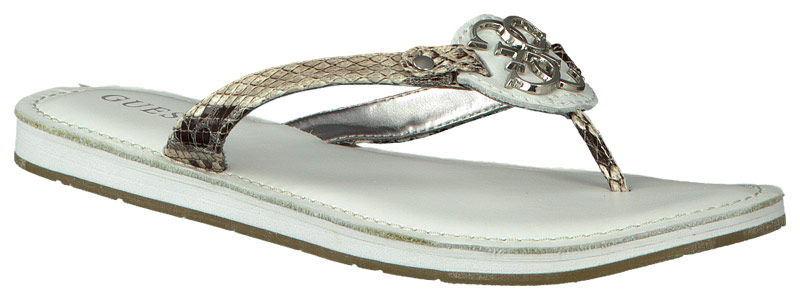 witte guess slippers zohara2